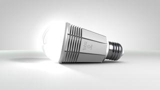 En smart lyspære til hverdags og fest