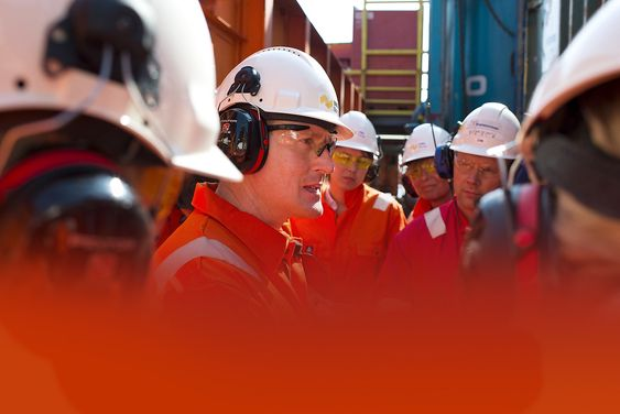 Kristiansund, 24.04.2014 VNG pressetur til Transocean Artic. Administrerende direktør VNG Atle Sonesen Foto: Helge Hansen