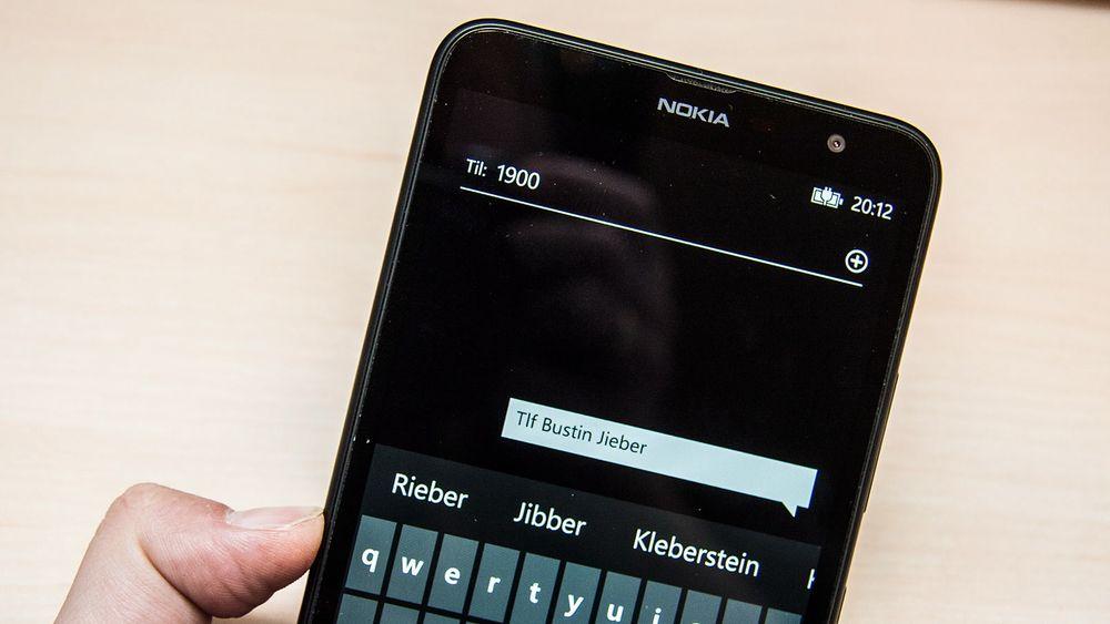 Bruker du nummeropplysning via SMS? Da kaster du penger rett ut vinduet.