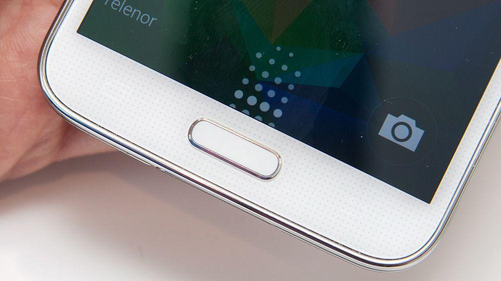Mobiler som Samsungs Galaxy S5 kan være utsatt for fingeravtrykk-tyveri.