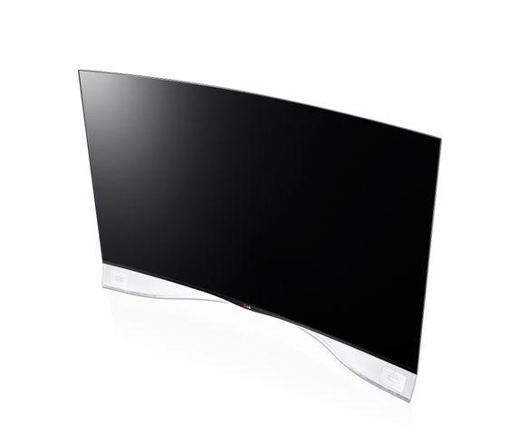 Superbillig: Den buede 55 tommers OLED-TVen fra LG, 55EA980W, har vært på markedet et halvår tid. Når den kom kostet den rundt 80 000. Nå er listeprisen 69 990 kroner, men TVen selges for bare 38 995.I følge ryktet skal Elkjøp selge den i en nyåpnet butikk i morgen til 29 995 kroner.