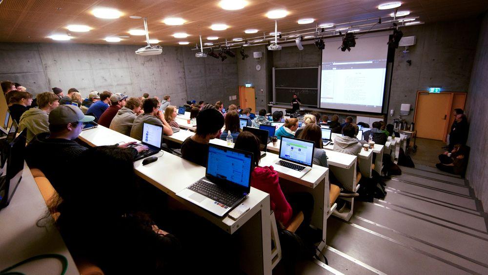 Offentlige insitusjoner har blitt mer populære blant IT-studentene, ifølge Universum-listene.