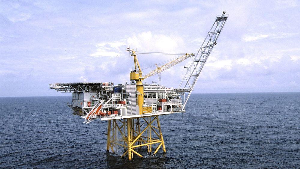 Huldra ble lagt ut for salg i 2011, men har fremdeles ikke blitt solgt. I dag stopper Statoil produksjonen på plattformen.