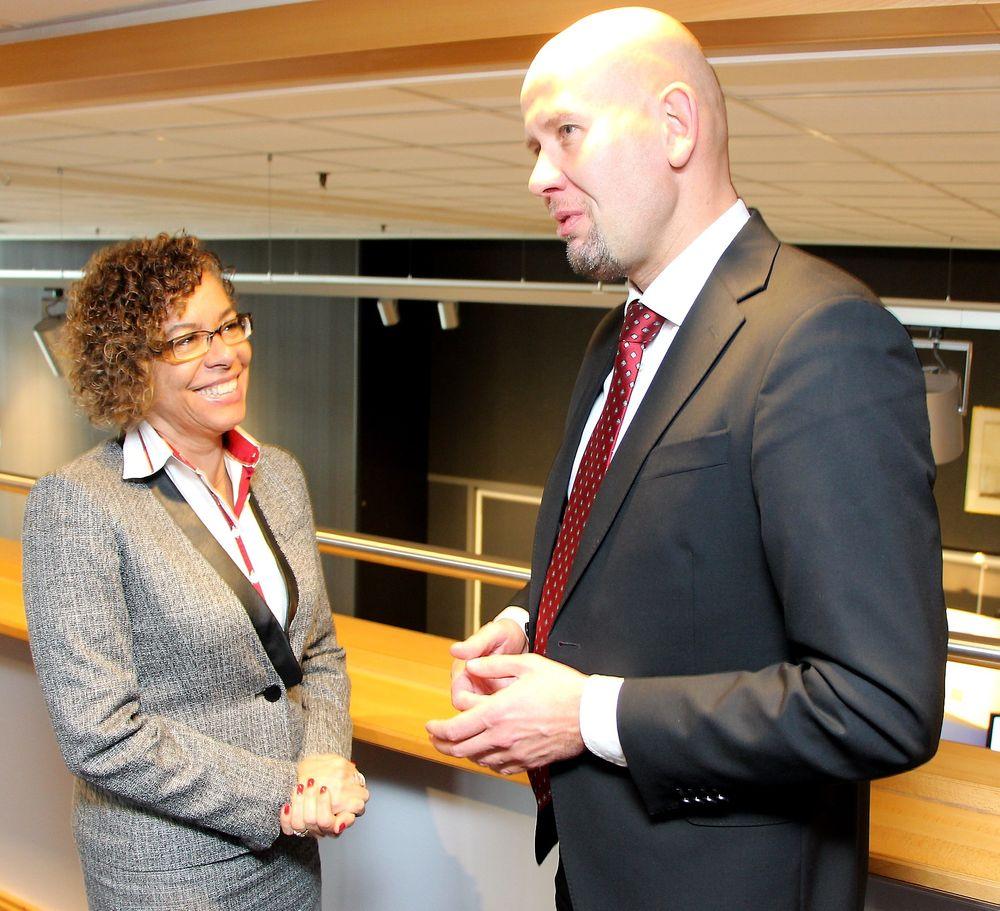 Olje- og energiminister Tord Lien diskuterte i dag det norsk-brasilianske samarbeidet i Trondheim med Petrobras-sjef Cristina Pinho. Lien mener begge landene har noe å lære av hverandre i petroleumssektoren.