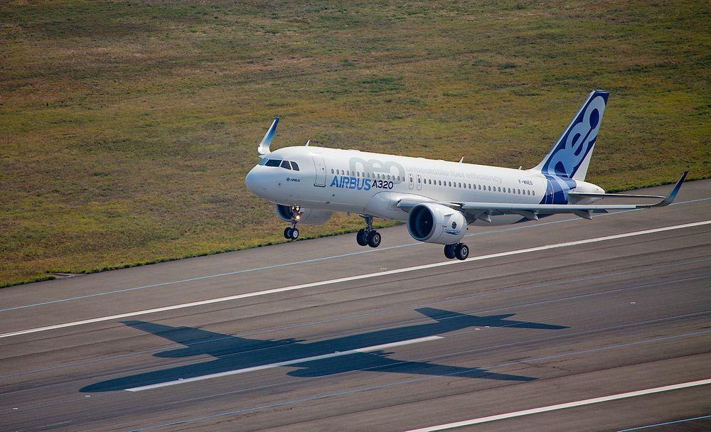 Det første A320 Neo-flyet, MSN-6101, tar av for første gang fra Toulouse-Blagnac lufthavn.