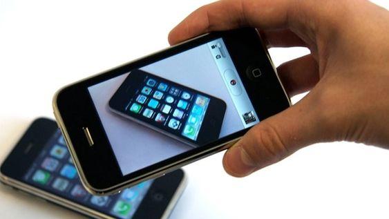 iPhone 3GS hadde raskere innmat og bedre kamera enn forgjengeren.