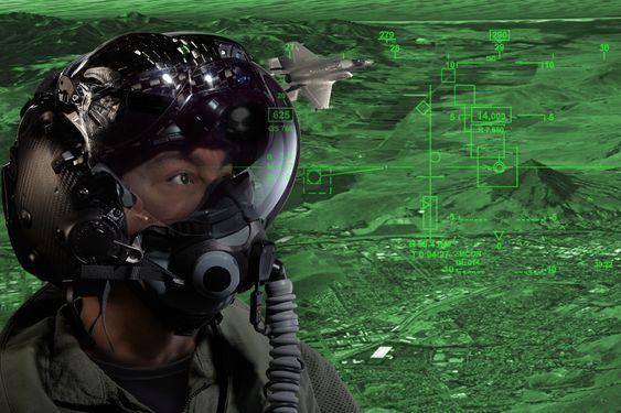 I det nyutviklede hjelmsystemet skal produsenten ha klart å løse problemene som tidligere var kilde til bekymring i F-35-programmet.