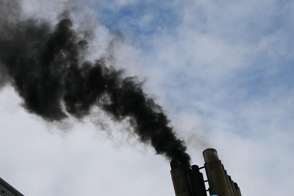Oljefondet bør ha et kriterium for å utelukke selskaper som er klimaverstinger, mener ekspertgruppe.