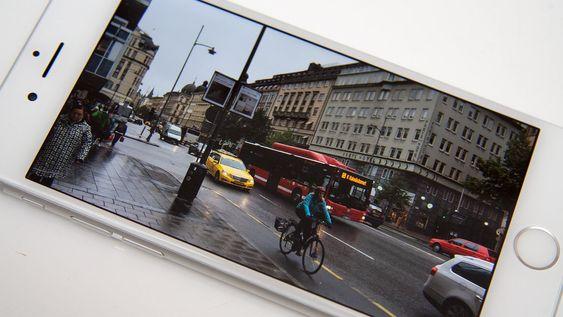 Kameraet er av den gode sorten, og skjermen egner seg bra til å se bilder og video med.