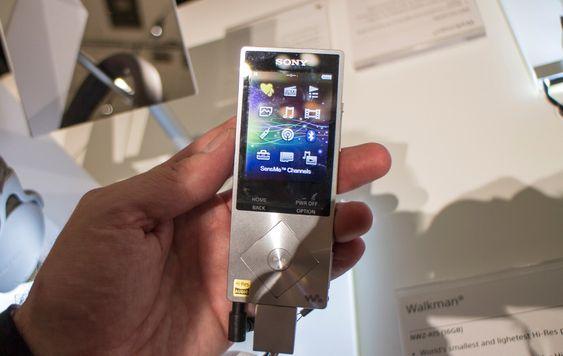 Billigversjonen: Sonys nye Walkman NWZ-A15, som kommer i oktober, er beregnet på de som vil ha Hi-Res Audio til en billig penge. Den har et enklere operativsystem, men koster bare 220 euro. Den har 16 GB innebygget minne og plass til et 128 GB micro SD-kort