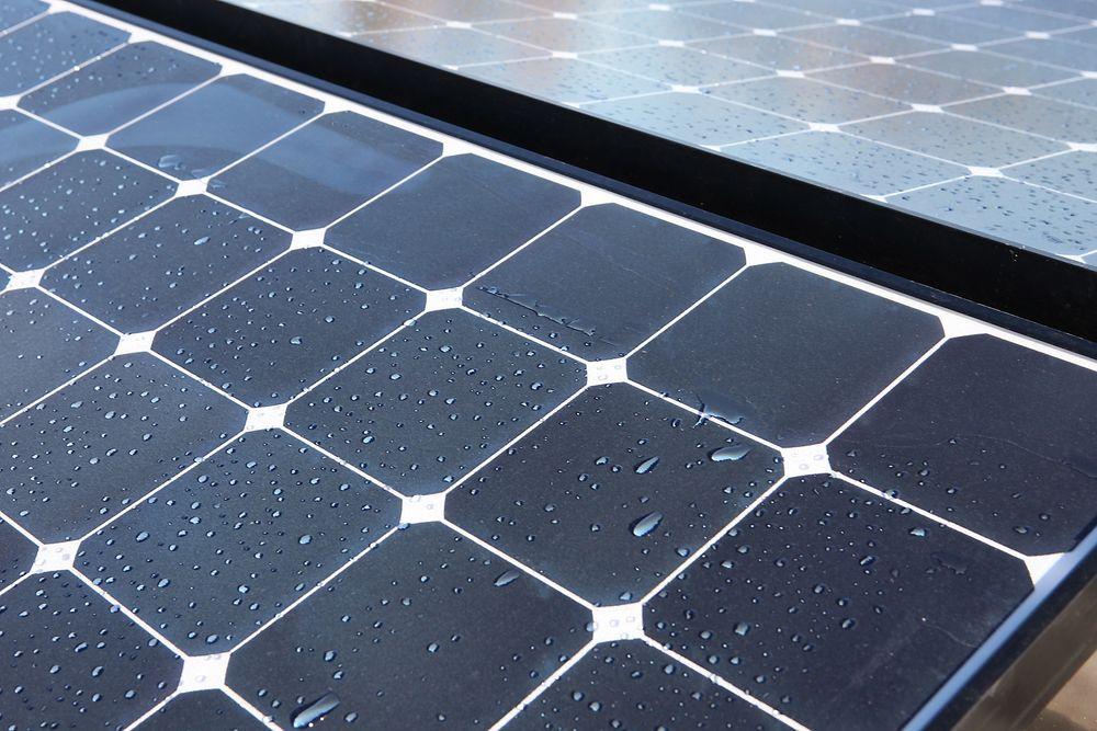 Både tyske Daimler og danske Lithium Balance lanserer konkurrenter til Teslas Power Wall. Produktene er i første rekke ment for husstander med solcelleanlegg.