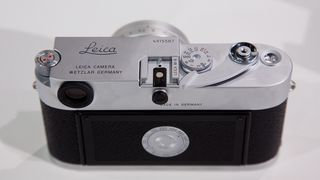 Leica lanserer helmekanisk M-kamera for film