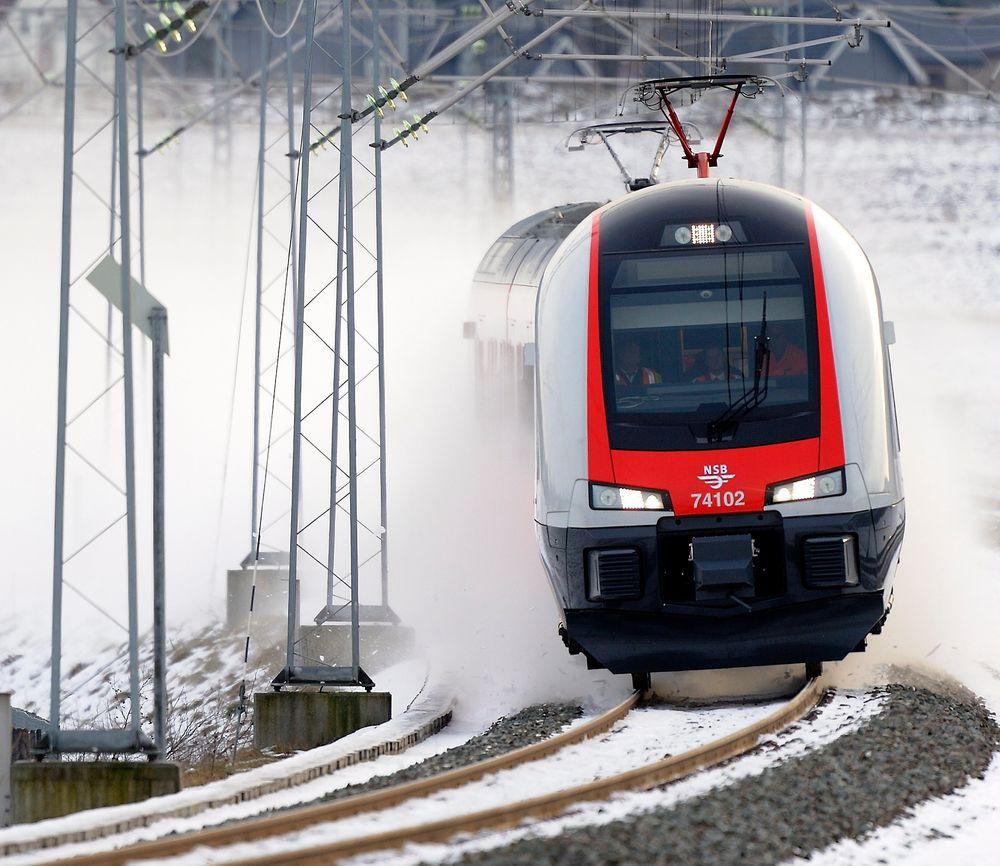 NSBs Stadler Flirt bruker mere strøm ved oppstart enn de gamle 69-togene, men er totalt sett mer energieffektive.