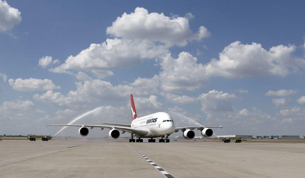 A380-flyet fra Qantas etter landing på Dallas-Fort Worth mandag.