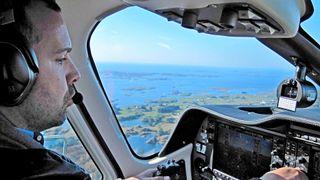 Fly på under 500 meters høyde kartlegger kysten med grønn laser