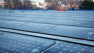 NVE: Bygg som leverer mer enn 100 kW skal regnes som kraftverk