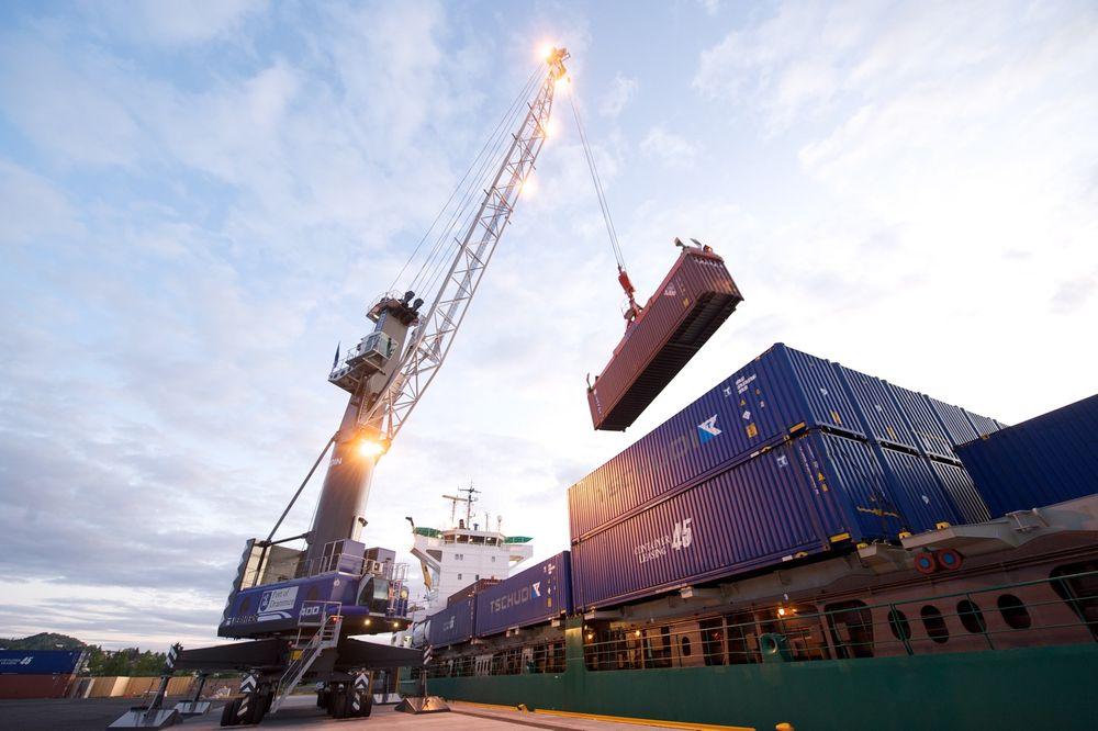 Offentlig-privat samarbeid bør vurderes i havneutviklingsprosjekter, skriver Inventura-rådgiverne Bernt Christoffer Aaby og Åshild Eikenes Sjøli. Her fra Drammen havn.