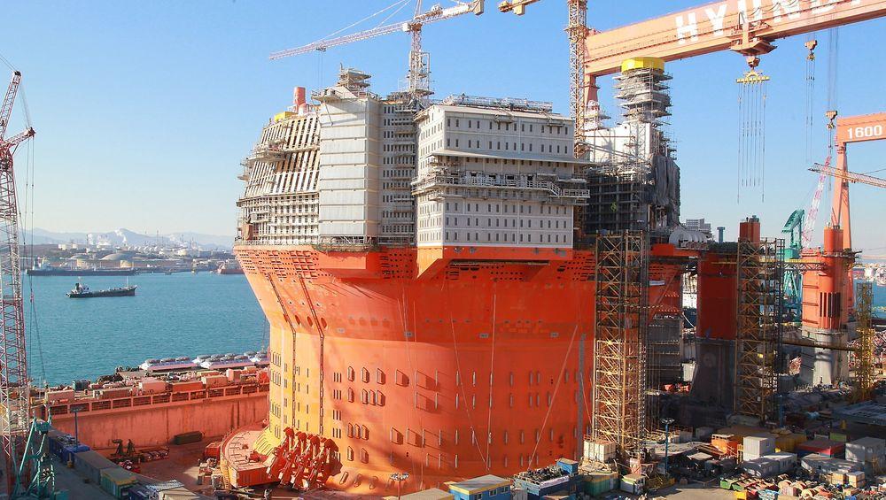 Dersom Eni utsetter avreisen for Goliat fra Sør-Korea til januar, så kan det være en helt ferdig FPSO som ankommer norsk farvann. Dette kom frem under en analytikerkonferanse i forrige uke.
