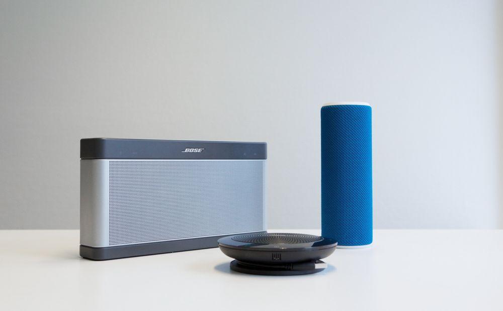 Hva du forlanger av en Bluetooth-høyttaler er avhengig av kravet til lyd, funksjonalitet og portabilitet. Disse tre kan by på litt av hvert, men de fyller svært ulike behov.