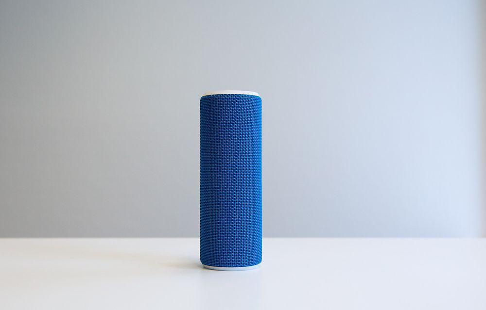 Sopranen: Logitechs UE Boom er en liten transportvennlig sak med masse gode kvaliteter. Har du to kan du spille stereo og den lar seg kontrollere av en app. Den fungerer også utmerket som høyttalende telefon. På mangellisten står bassen øverst, men den tar igjen litt ved å reprodusere mellomtoner og diskant på en utmerket måte.