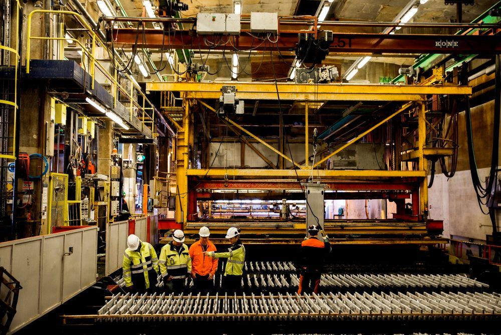 Den norske industribedriften som er flinkest til å bruke ny teknologi for å utnytte ressurser og kompetanse, skal kåres under Industrikonferansen, den 7. mai. Slik håper man finne løsningene som kan snu den negative trenden.