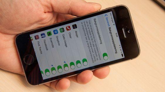 Skrur du av bakgrunnsoppdateringer vil ikke apper kunne koble seg til internett i bakgrunnen.