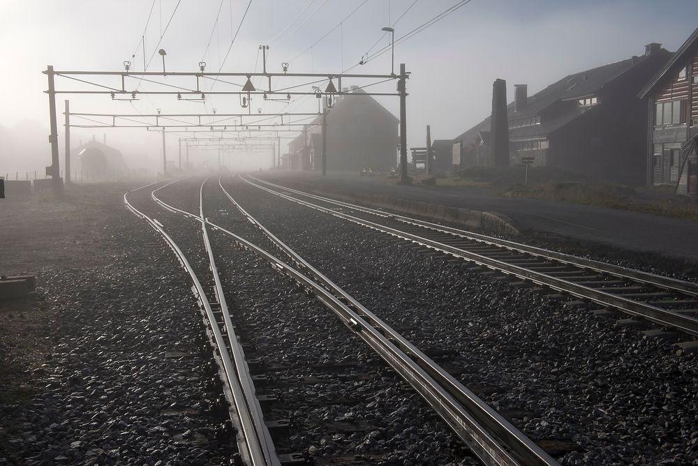 For å forhindre isete sporveksler har det tyske jernbaneverket tatt i bruk grunnvarme.