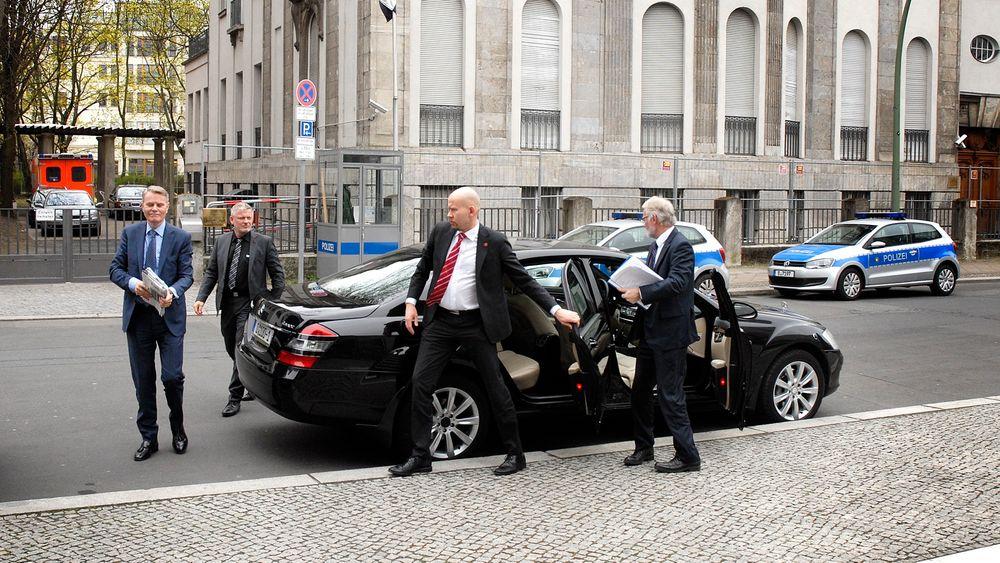 Energiminister Tord Lien er i Berlin, hvor han blant annet har besøkt Tysklands nærings- og energiminister Sigmar Gabriel.