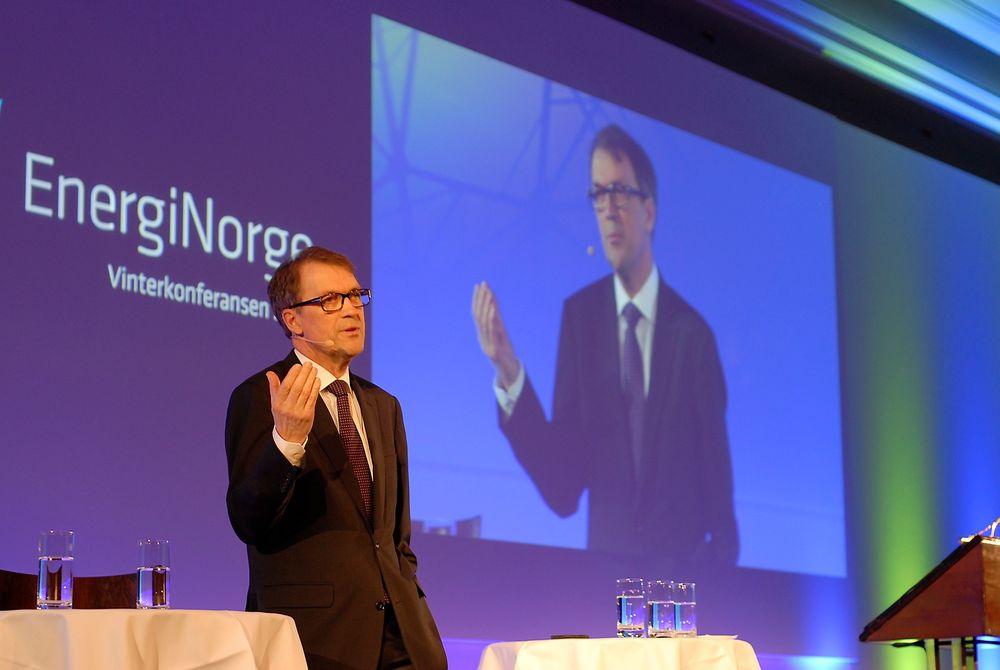 Vi trenger en sterkere samordning av en del beslutninger knyttet til nye investeringer enn vi har i dag, mener Eivind Reiten, som torsdag talte på Energi Norges vinterkonferanse i Berlin.