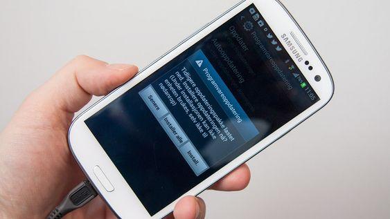 Passer du på å holde telefonen din oppdatert kan den oppleves som rask selv om det ikke er en ny modell.