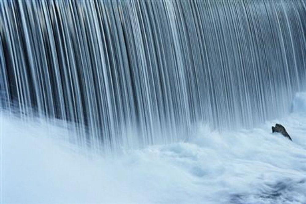 EØS-forbehold: En eventuell endring i konsesjonslovene for å gi Hydro tilgang til fysisk kraftproduksjon avhenger av at det ikke er brudd på EØS-reglene, understreker Olje- og energidepartementet. (Foto: Statkraft)