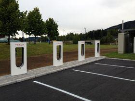Tilgang til Supercharger-nettverket blir sannsynligvis en ekstrautgift for Model 3-eiere.