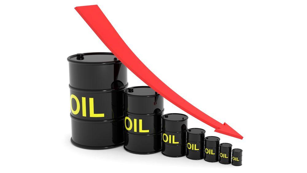 Synkende oljepris kan føre til enda større kutt i investeringene neste år, mener oljeanalytiker.