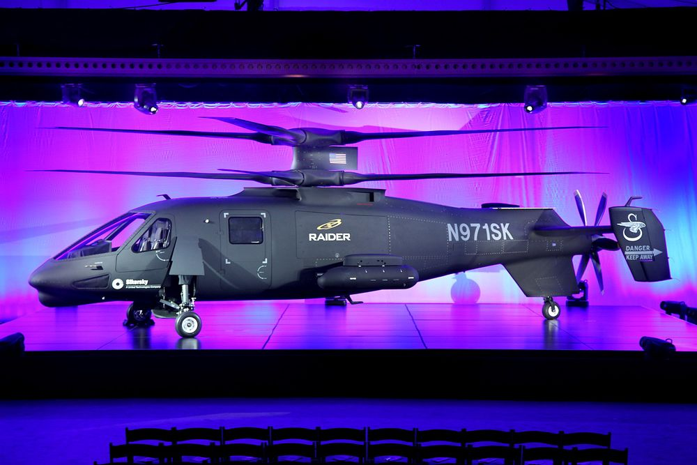 """Sikorsky S-97 Raider-prototypen ble vist fram for første gang på et såkalt """"roll-out""""-arrangement 2. oktober."""