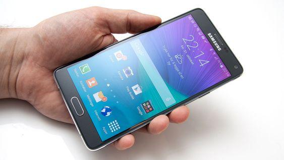 Samsung Galaxy Note 4 er en stor telefon.