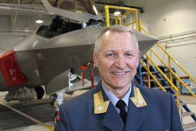 Brigader Morten Klever som er nestleder for det norske F-35-programmet sier erfaringene av testene så langt overgår mange av de kravene som er blitt stilt fra Norge. Klever har erfaring som F-16-flyver.