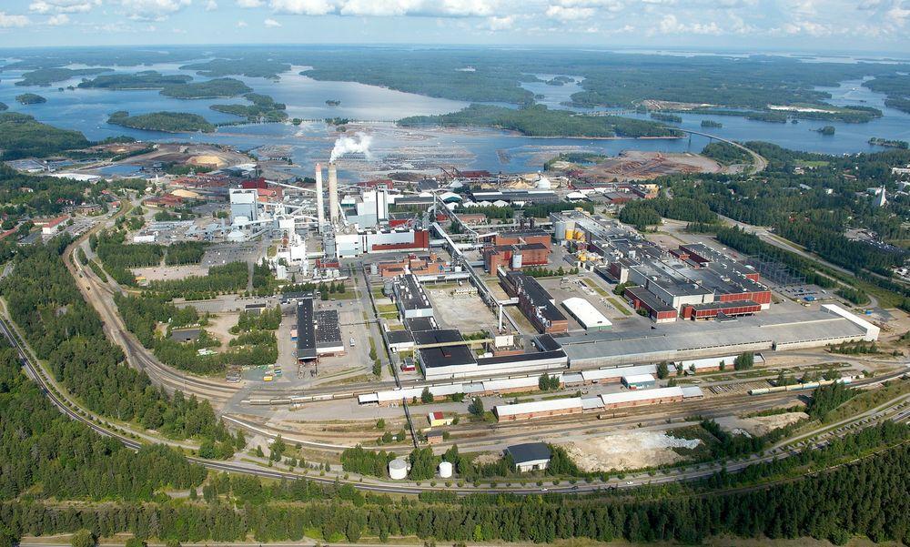 Her ved UPMs cellulosefabrikk i Lappeenranta, holder selskapet på å bygge et avansert bioraffineri som skal utvinne biodiesel av et avfallsprodukt fra celluloseproduksjonen.