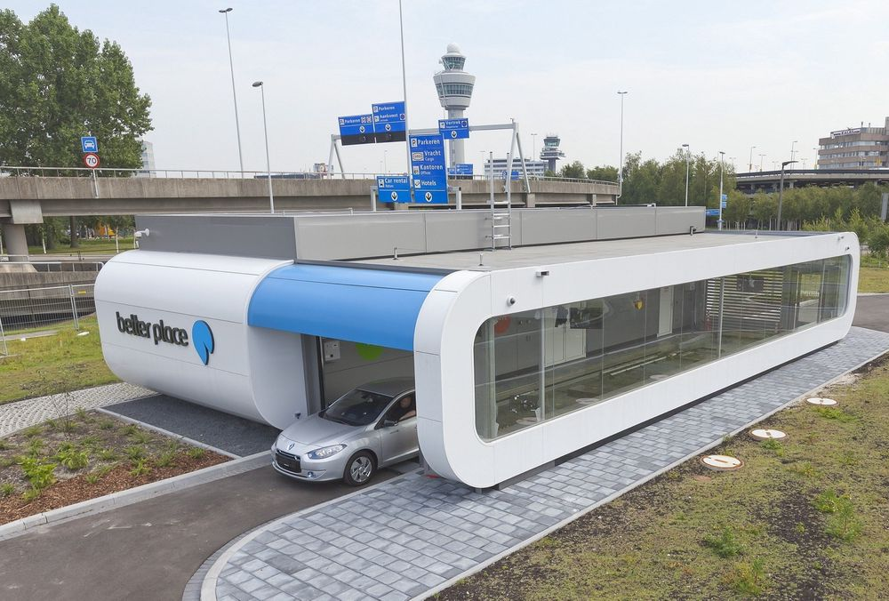 Better Place-batteribyttestasjon i Nederland.