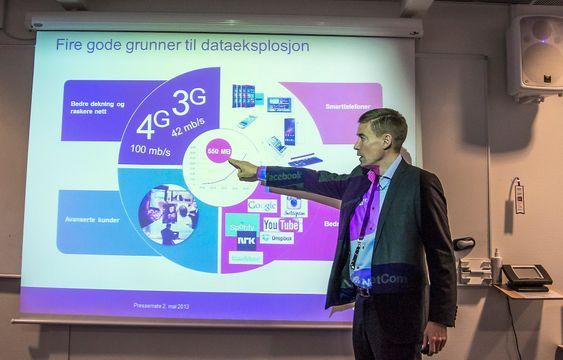 Datavekst. Gjennomsnittskunden til Netcom bruker 550 MB i måneden og veksten er eksplosiv. Det er dette kundene må fokusere på mener Netcomsjef August Baumann og gjrø det enkelt ved å gjøre tale og SMS til en gratistjeneste.