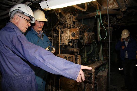 Kunnskap: Erfarne maskinsjefer og sjøfolk er kritiske til SHTs konklusjon om brannårsak. Bildet er fra motorrommet like etter at skipet kom til Fiskerstrand Verft for reparasjon.
