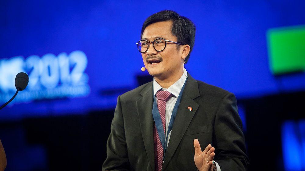 KJERNEKRAFT: Indonesias viseminister for energi, Rudi Rubiandini, mener olje- og gassressursene vil ta slutt innen 2050 og at kjernekraft og en miks av sol- og vindkraft vil bli den viktigste energikilden. Foto: Håkon Jacobsen