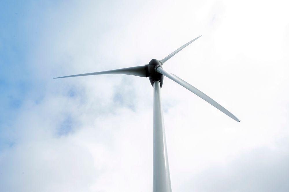 Konsesjon: Vesterålskraft Vind AS har fått endelig konsesjon til Ånstadblåheia vindpark i Sortland, men må utrede risikoen for iskast fra rotorbladene.