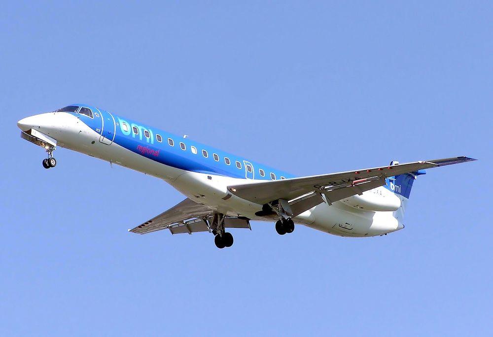 Embraer 145 er nevnt som eksempel på en flytype som passer mellom Stavanger og Nord-Norge.