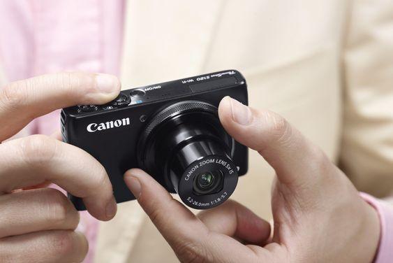 Knøttliten tungvekter: Canon PowerShot S120 er siste ledd i en lang produktrekke av knøttsmå kompaktkameraer med data mange speilreflesker villevært stolte av