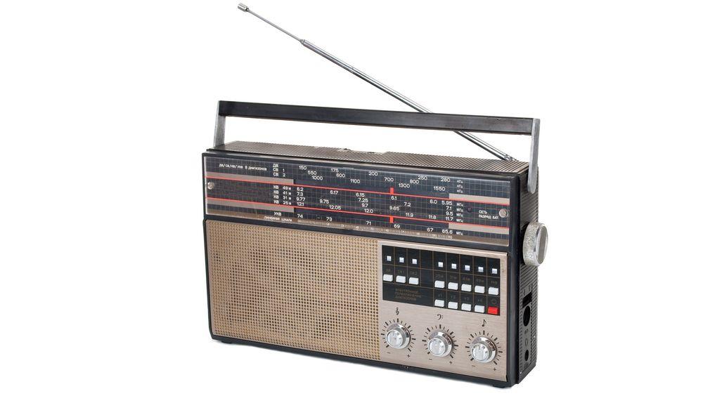 Når millioner av gamle radioer skal skrotes ved overgangen til DAB i 2017 vil det gi en voldsom avfallsmengde.