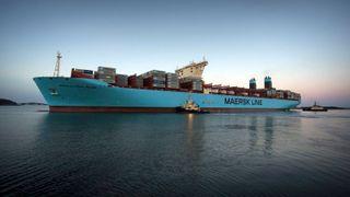 Rederiene kaster seg over de ultrastore containerskipene
