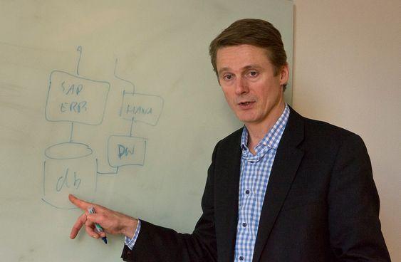 ZAPP: Verden trenger mye raskere databaser påpeker sjefen for SAP i Norge, Michael Østgaard.