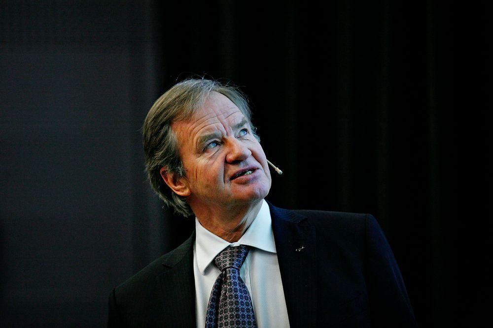Analytikerne hadde ikke ventet at Norwegian skulle gå i pluss i fjerde kvartal. Her direktør Bjørn Kjos under framleggingen av resultatet fredag.