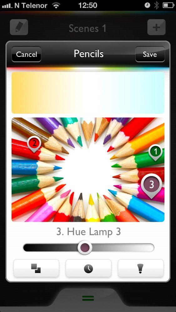 Sett markøren for hvert lys der du vil. Disse tre lysene får samme fargetemperatur, men ulike farger, fordi de speiler hvert sitt punkt i bildet.