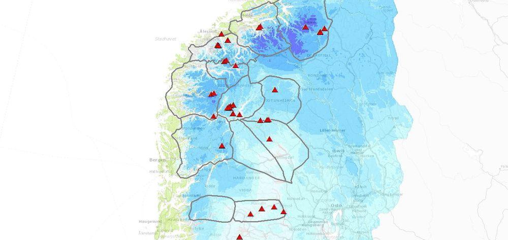Kartverktøy brukes for å visualisere snømodeller, for eksempel nysnødybde. Her kan snøskredvarslerne også se hvor i landet det er innrapportert om faretegn.